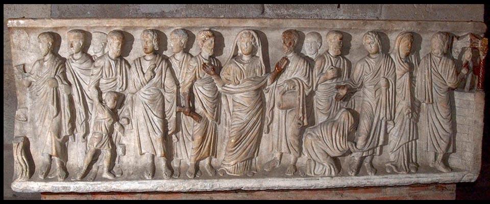 cathedrale de Clermont sarcophage romain