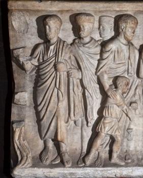 Cathédrale de Clermont ; sarcophage, eau