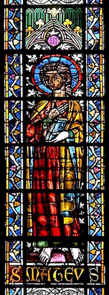 Verrière haute, évangéliste Mathieu