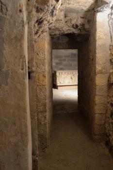 Aperçu de la crypte de la cathédrale de Clermont