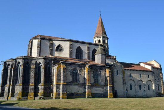 Ennezat, église, vue générale
