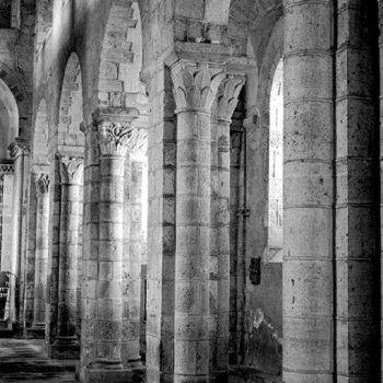 Ennezat, vue de la nef romane
