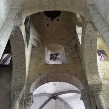 Ennezat, croisée du transept et coupole sur trompes