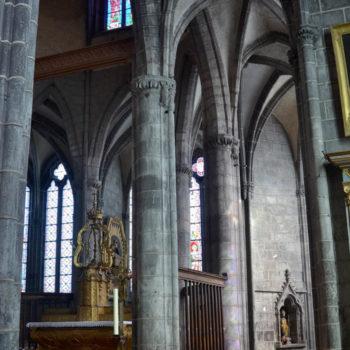 Ennezat, déambulatoire du choeur gothique
