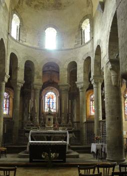 Artonne, église, choeur