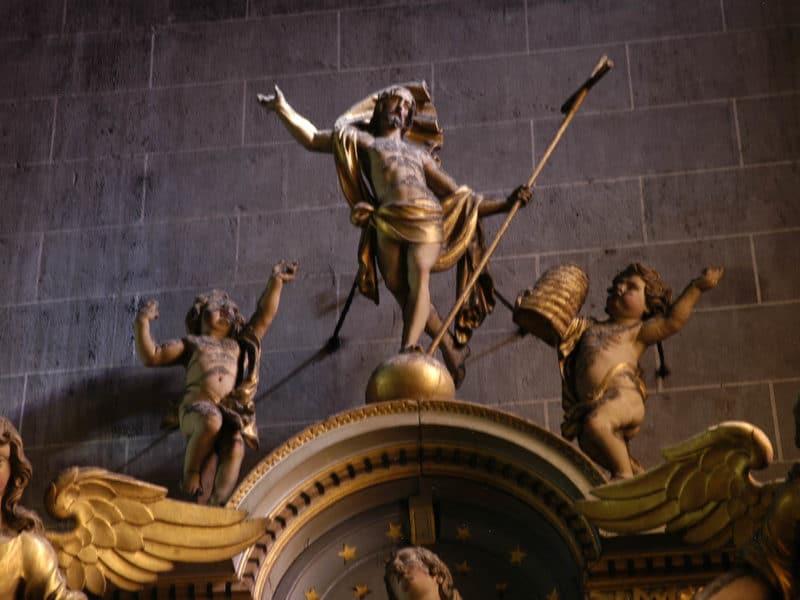 Cathédrale de Clermont, retable des ursulines, Christ de la Résurrection