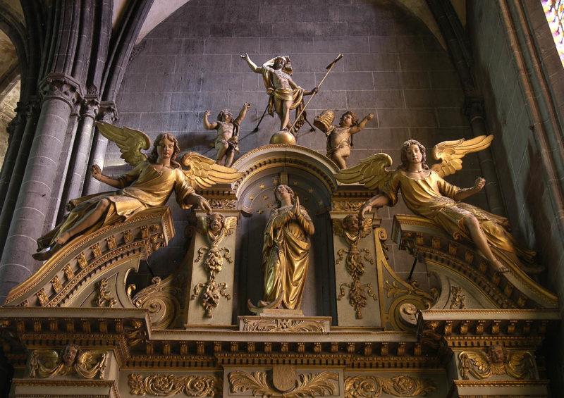 Cathédrale de Clermont, haut du retable des ursulines