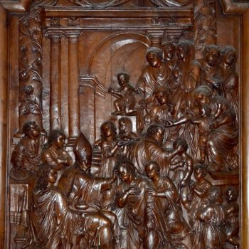 Cathédrale de Clermont, panneau de bois sculpté, la Confirmation, XVIIe