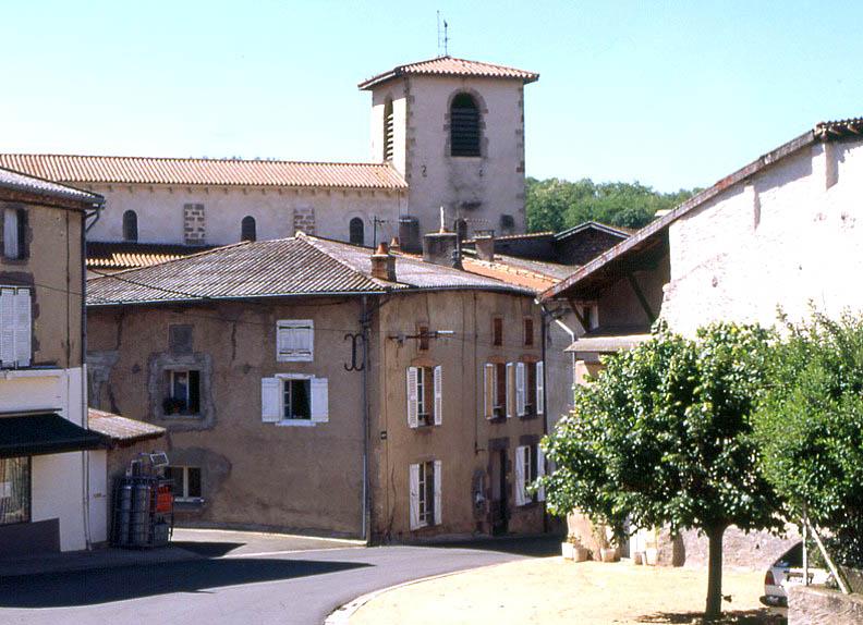 Ris, prieuré Sainte-Croix